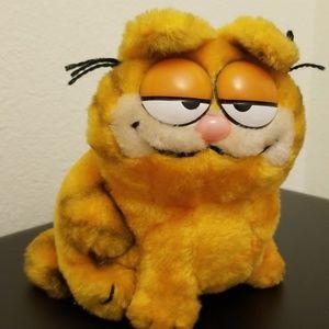 Vintage Dakin 1981 Garfield Plush